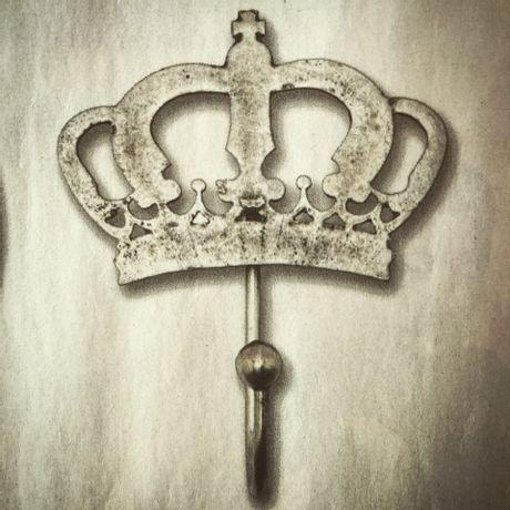 Perchero-Antique-Corona-de-Reina