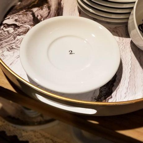 Plato para Taza Desayuno de Porcelana 2