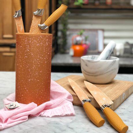 Taco símil mármol dorado con 5 Cuchillos