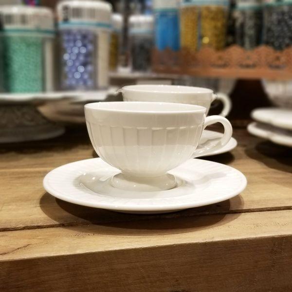 Pocillo de Café con Plato Drape