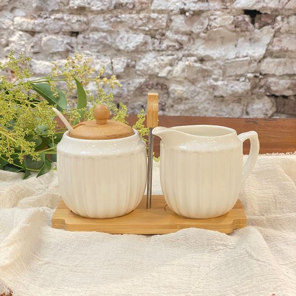 Azucarera y lechera porcelana con base bamboo