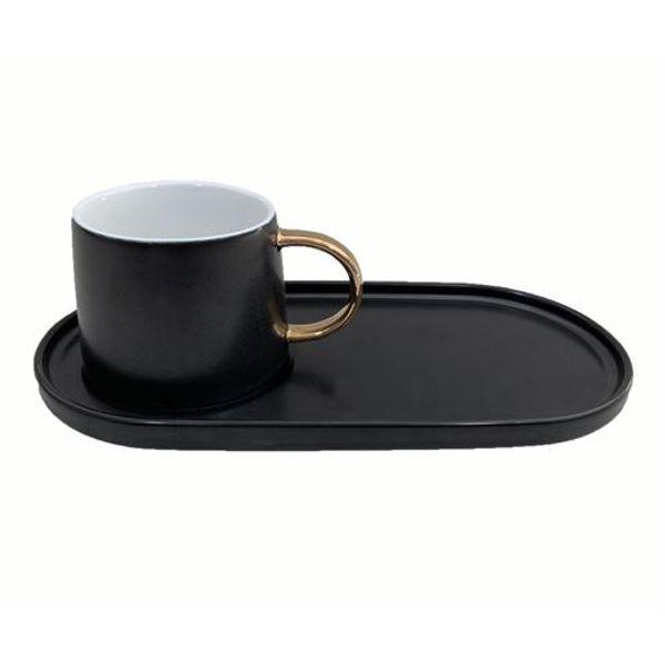 Taza con bandeja negra de cerámica