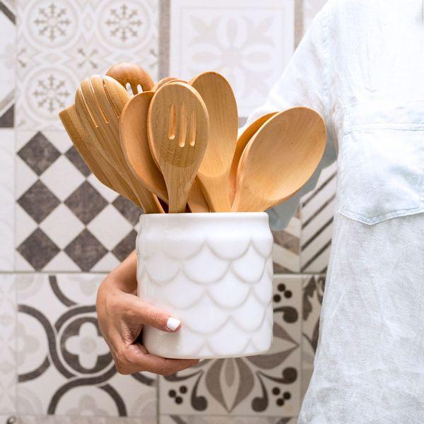 Tarro de cerámica blanco mediano