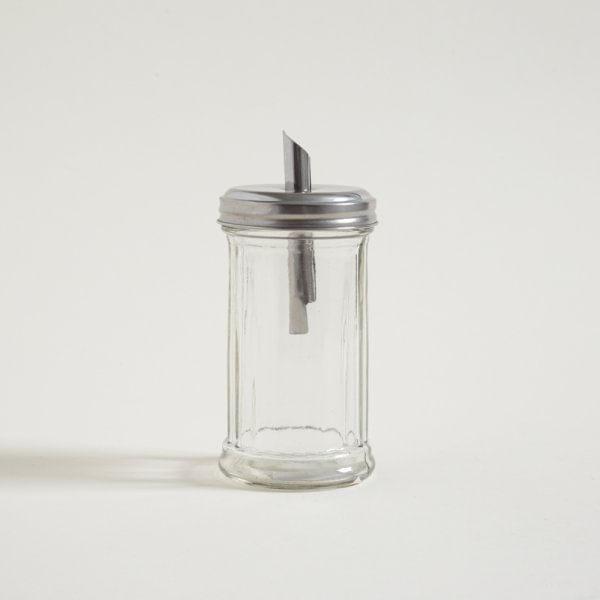 Azucarera de vidrio con pico vertedor de acero